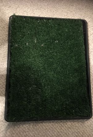 Puppy trainer (fake grass for small pets/dogs) for Sale in Nashville, TN