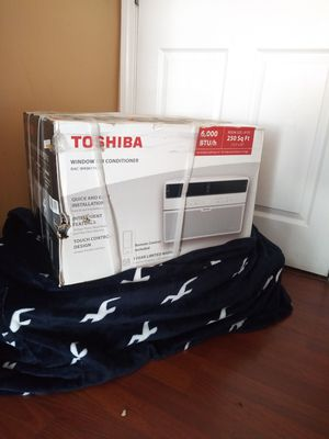 BRAND NEW AC WINDOW TOSHIBA 6,OOO BTU COMES WITH REMOTE CONTROL FOR QUESTIONS TEXT ME PLEASE. for Sale in Los Angeles, CA