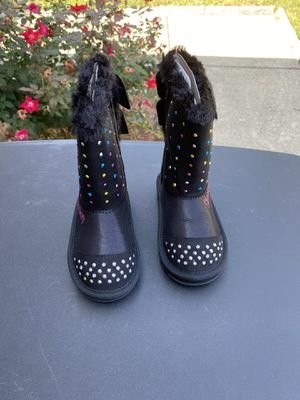 Skechers boots for kids (size 8) for Sale in Frisco, TX