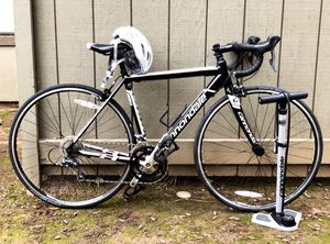Size 48 Aluminum Cannondale Road Bike for Sale in Fresno, CA