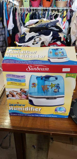 Sunbeam humidifier for Sale in Waynesboro, VA