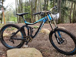 DH Large Giant Glory 2013 for Sale in Vancouver, WA