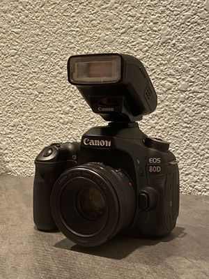 Canon 80d with super zoom and ultra wide lenses for Sale in Phoenix, AZ