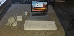 Macbook Pro with wireless kbd. mouse for Sale in Murfreesboro, TN