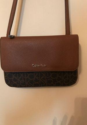 Calvin Klein crossbody bag for Sale in Bloomington, IL