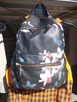 Backpack for Sale in Moreno Valley, CA