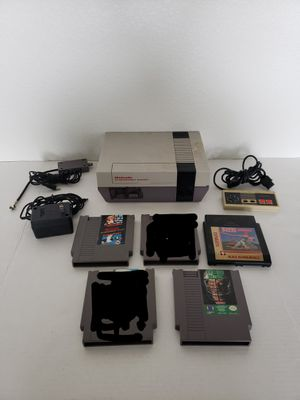 Nintendo with 3 games for Sale in Austin, TX