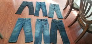 11 skinny jeans and pants for Sale in Kennewick, WA