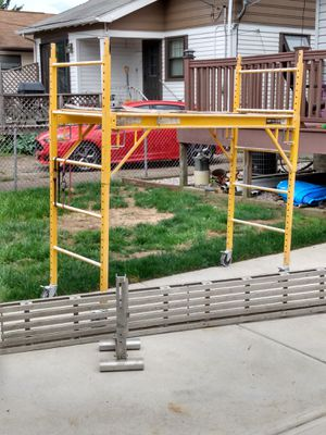 Scaffold with ladder jacks 22 ft board for Sale in Cleveland, OH