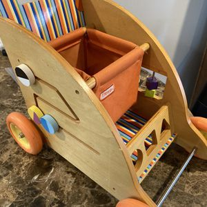 Wood play cart for Sale in Grand Island, NY