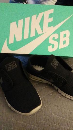 Nike sb Stefan janoski max for Sale in Hesperia, CA