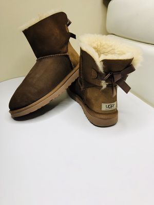 Boots UGG SIZE US 8 women for Sale in Tampa, FL