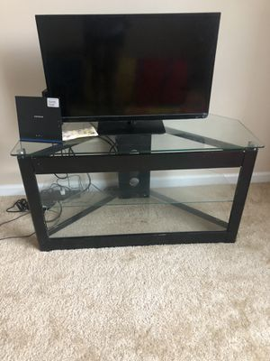Glass tv stand for Sale in Carrollton, VA