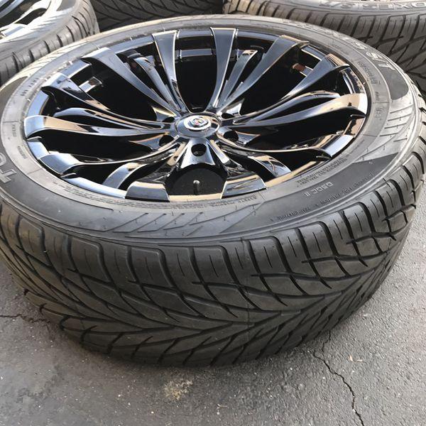 "22"" Cadillac Escalade By Vogue Wheels 22 Inch Gloss Black"