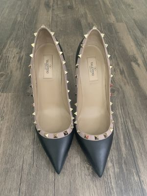 Authentic Valentino heels for Sale in Philadelphia, PA