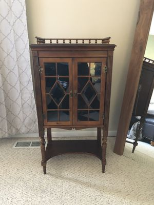 Antique cabinet for Sale in Parma, OH