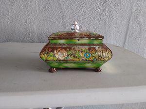 Antique box for Sale in Escalon, CA