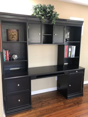 Computer desk/Office desk Ashley Furniture for Sale in Austin, TX