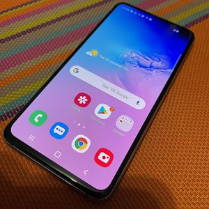 Galaxy S10e 128GB Unlocked for Sale in The Bronx, NY
