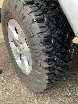 Nitto ridge / Jeep wheels for Sale in Helotes, TX