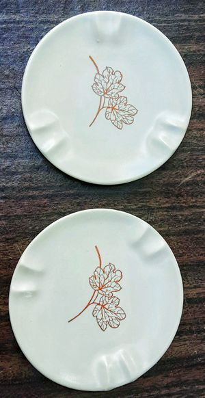 """Russel Wright Knowles Botanica White d'elegance 5"""" D ashtray SET OF 2 !! for Sale in Saginaw, MI"""
