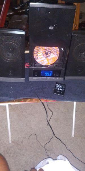 Mini am fm cd player w remote for Sale in Mechanicsburg, PA