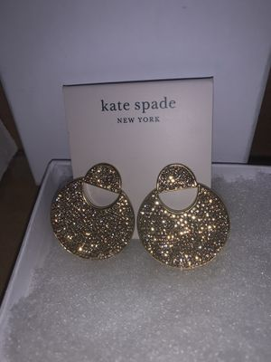 Kate Spade Mod Scallop gold tone earrings New for Sale in New York, NY