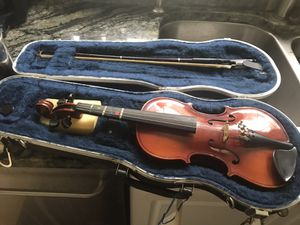 Glaesel 1/4 sized violin for Sale in Tampa, FL