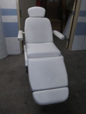 Dental chair for Sale in Redwood City, CA
