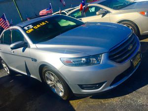 13 Ford Taurus limited $1467 Down!! We finance for Sale in Houston, TX