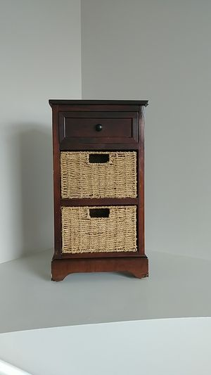End Table with Drawer and Baskets for Sale in Reynoldsburg, OH