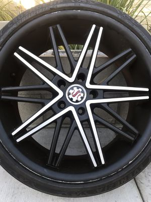 5 Lug Scarlet Luxury Alloy Wheels for Sale in La Verne, CA