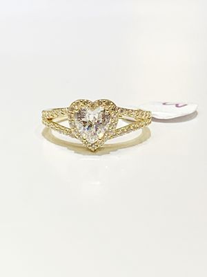 14 k gold woman ring brand new ( MMR01) for Sale in Chicago, IL