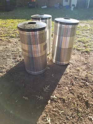 Trash can for Sale in Chesapeake, VA