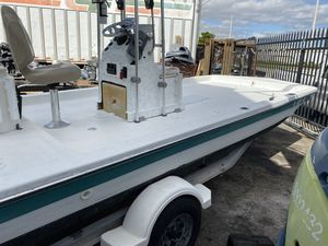 19 ft center console custom flats boat for Sale in Hollywood, FL