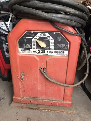 LINCON AC-225-S ARC WELDER IN EXCELLENT Working Condition for Sale in Banning, CA