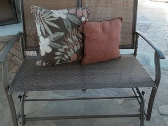 Rocking bench for Sale in Wylie,  TX