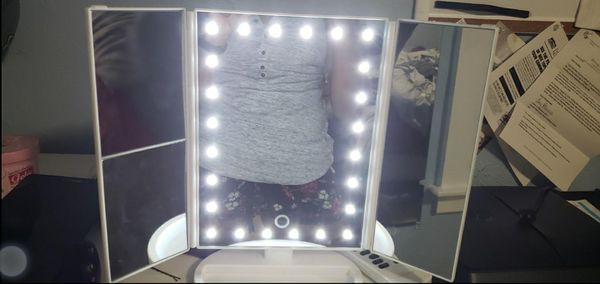 KOOLORBS Makeup Led Vanity Mirror with Lights