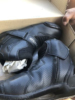 Alpinestars Motorcycle boots for Sale in Huntington Park, CA
