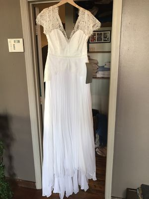 Brand New Lacey Short Sleeved Wedding Dress! for Sale in Atlanta, GA