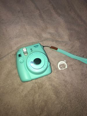 INSTAX mini 9 //POLAROID CAMERA for Sale in West Springfield, MA
