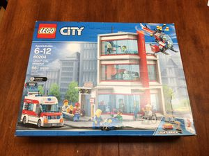 Lego City Hospital 60204 Retired set for Sale in Culver City, CA