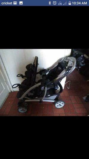 Graco double stroller for Sale in Culpeper, VA