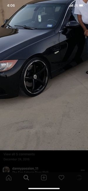19' gloss black staggered rims w tires for Sale in Floresville, TX