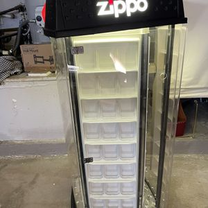 Zippo Display Lights Moving Case EUC for Sale in Moreno Valley, CA