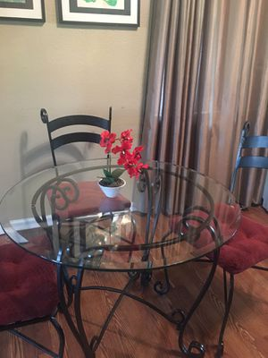 Kitchen or patio table for Sale in Los Angeles, CA