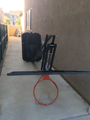 Basketball hoop (great condition) for Sale in Menifee, CA