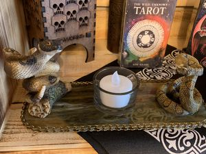 Tea light candle holder w/rattle snakes for Sale in Waite Hill, OH
