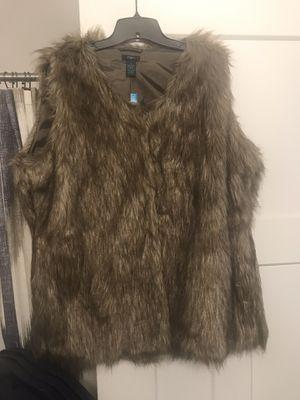 Rue 21 fur vest 1x for Sale in Nashville, TN