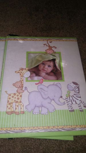 new baby book keepsake keeper for Sale in Ailey, GA
